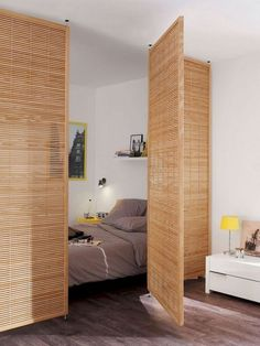 Smart Cute Apartment Studio Decor Ideas is part of Apartment decor inspiration Whether you're just moving into your first apartment after college or starting over in a new city, furnishing an - Studio Apartment Layout, Cute Apartment, Studio Layout, Apartment Bedroom Decor, Studio Apartment Decorating, Apartments Decorating, Studio Apartment Divider, Studio Design, Apartment Makeover