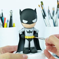 I used the 'Superhero' templates to make him :) They are available in my Etsy Shop❤️ / fondant, gum Batman Cake Pops, Superhero Cake Toppers, Superhero Template, Batman Cake Topper, Diy Cake Topper, Batman Cakes, Cake Topper Tutorial, Fondant Cake Toppers, Fondant Tutorial
