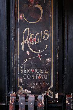 Ile Saint Louis, Café Saint Régis, 6 Rue Jean du Bellay, Paris IV