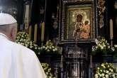 Il Papa per i 300 anni della incoronazione di Czestochowa: la Polonia ha un cuore materno