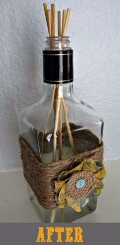 Fun DIY Ideas Made With Jack Daniels - Recipes, Projects and Crafts With The Bottle, Everything From Lamps and Decorations to Fudge and Cupcakes Alcohol Bottle Crafts, Alcohol Bottles, Wine Bottle Crafts, Alcohol Bottle Decorations, Empty Liquor Bottles, Bottles And Jars, Glass Bottles, Patron Bottles, Diy Bottle