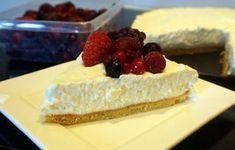 Koolhydraatarme kwarktaart Sweet Desserts, Sweet Recipes, Sin Gluten, Paleo Cheesecake, Low Carb Sweets, Go For It, Sweet Pie, Happy Foods, How Sweet Eats