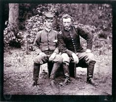 Civil War George Armstrong Custer visiting a captured friend from the South. Custer graduated last in his class at West Point. American Civil War, American History, Carolina Do Sul, George Custer, George Armstrong, Into The West, Civil War Photos, Le Far West, Interesting History