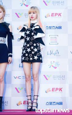 [HD포토] 블랙핑크(BLACKPINK) 리사 화려한 미모  #서울가요대상 #블랙핑크 #BLACKPINK #리사