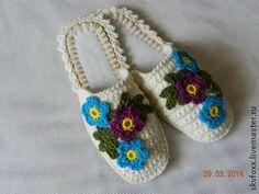 """Обувь ручной работы. Ярмарка Мастеров - ручная работа """"Незабудки и примулы"""" тапочки (подошва валяная). Handmade."""