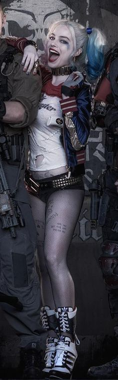 Suicide Squad's Margot Robbie as Harley Quinn. I'll always have a thing for Harley Quinn, no matter the form. Batman, Superman, Joker Und Harley Quinn, Harley Quinn Cosplay, Marvel Dc, Dc Comics, Kings & Queens, Suicide Girls, Es Der Clown