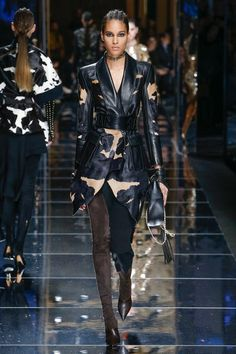 View the complete Fall 2017 collection from Balmain.