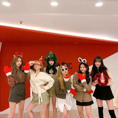 Kpop Girl Groups, Korean Girl Groups, Kpop Girls, Extended Play, Korean Girl Band, Cloud Dancer, G Friend, Girl Bands, South Korean Girls