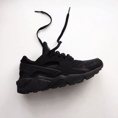 Triple Black Huarache