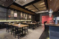 Mais! Bistrô by Syndrome Hotpot Restaurant, Cafe Restaurant, Restaurant Design, Fish And Chips Restaurant, Family Style Restaurants, Bistro Design, Shoe Store Design, Thai Design, Cafe Shop