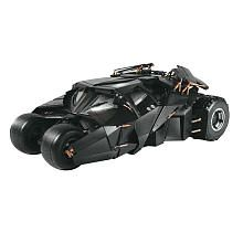 Batman Dark Knight Batmobile Tumbler Model Kit 1/25 Moebius