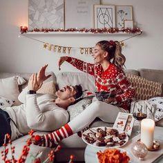 Christmas Couple, Christmas Mood, Couple Christmas Pictures, Christmas Fashion, Family Christmas Photos, Couples Christmas Sweaters, Christmas Tumblr, Matching Christmas Pajamas, Christmas Gifts