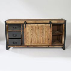 Industrial wood and metal buffet Diy Pallet Furniture, Metal Furniture, Home Decor Furniture, Rustic Baby Rooms, Vintage Industrial Furniture, Industrial Metal, Industrial Style, Solid Wood Tv Stand, Bathroom Renovations