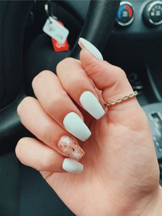 In search for some nail designs and some ideas for your nails? Here is our list of must-try coffin acrylic nails for modern women. Simple Acrylic Nails, Summer Acrylic Nails, Best Acrylic Nails, Acrylic Nail Designs, Summer Nails, Teen Nail Designs, Best Nails, Spring Nails, Aycrlic Nails