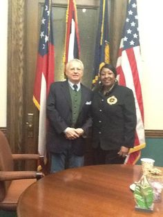 With Mrs Edna Jackson, Mayor of Savannah. A great emotion, an important reader for my novel