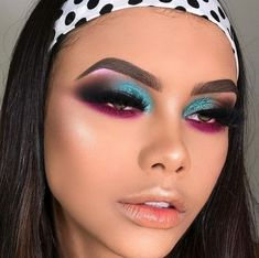 Dressing Your Truth Type 3 Makeup/Hair/Nails Interior Design interior designer Glam Makeup, Cute Makeup, Gorgeous Makeup, Pretty Makeup, Skin Makeup, Eyeshadow Makeup, Makeup Art, Makeup Style, Eyeshadows