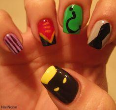 Batman Nails Myrick (I feel like we could actually do these) Diy Nail Designs, Nail Polish Designs, Chic Nails, Fun Nails, Batman Nail Art, Shellac Nails, Fabulous Nails, Book Themes, Art Challenge