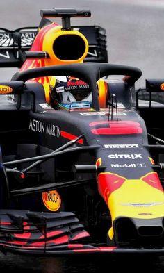 2018/3/1 @Formula1BTLS : RT for Vettel #SV5 LIKE for Ricciardo #DR3 #F1 #F12018 #FormulaOne #SF71H #Ferrari #FerrariF1 #ScuderiaFerrari #redbullracing #RB