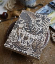 For news of Angie Lewin's occasional wood engraving workshops, sign up for her e-mail newsletter http://www.angielewin.co.uk/pages/contact#newsletter