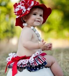 Adorable baby outfits for the fourth of july! Make her first 4th unforgettable with cute red, white and blue outfits!