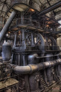 Steampunk | Triple expansion vertical steam engine at a water pumping station in New York, US. #SteamPUNK - ☮k☮