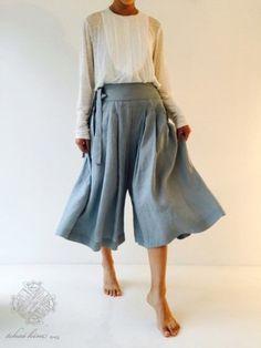 차이킴(tchaikim) 15.07.25 dailylook 안녕하세요 차이킴 입니다. 7월의 마지막주 토요일 입니다!!! 다음주... Korean Dress, Korean Outfits, Korea Fashion, Asian Fashion, Fashion Pants, Fashion Outfits, Womens Fashion, Plus Sise, Modern Hanbok