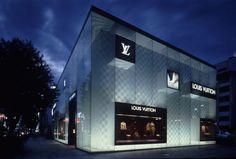 LOUIS VUITTON 店舗 - Google 検索