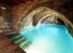 Indoor swimming pool in tunnel underneath house - This would be obscenely expensive, but I think the idea is pretty cool. Having a pool that resides in a tunnel underneath your house is wholly unnecessary, but a pretty dope idea in terms of indoor pools. Indoor Pools, Beautiful Pools, Beautiful Places, Moderne Pools, Dream Pools, Swimming Pool Designs, Cool Pools, Pool Houses, Jacuzzi