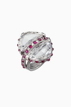 Wonderful Black Gold Jewelry For Beautiful Pieces Ideas. Breathtaking Black Gold Jewelry For Beautiful Pieces Ideas. Cute Jewelry, Charm Jewelry, Jewelry Art, Silver Jewelry, Jewelry Design, Geek Jewelry, Gothic Jewelry, Designer Jewelry, Charm Bracelets