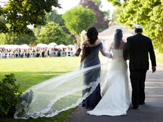 Jewish Ceremony Processionals, Recessionals and Seating | Photo by: Roey Yohai Photography | TheKnot.com