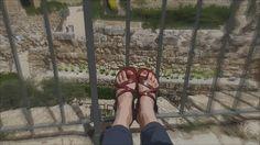 Madrytowy najmodniejszy trend- sandałki rzymianki.