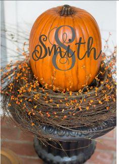 Halloween Home Decor, Halloween House, Halloween Themes, Fall Halloween, Halloween Decorations, Holiday Decor, Fall Decorations, Halloween Stuff, Halloween Pumpkins