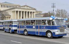 IHO - Közút - Centenáriumi buszünnep a Városligetben Busses, Public Transport, Old Cars, All Over The World, Budapest, Cars And Motorcycles, Techno, Vintage Cars, Transportation