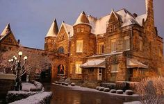 The Buhl Mansion Guesthouse and Spa is perfect for romantic winter getaways, indulgent spa escapes, exclusive executive retreats and castle weddings. Weekend Trips, Weekend Getaways, Romantic Winter Getaways, Romantic Bed And Breakfast, Spa Offers, Historic Homes, So Little Time, Places To Go, Mansions