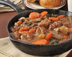 Carbonade flamande : http://www.cuisineaz.com/recettes/carbonade-flamande-53961.aspx