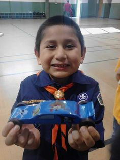 Joey and his 2nd place car #cubcontest