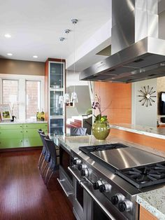 So much to love about this kitchen, but Chris really wants a hibachi at home.
