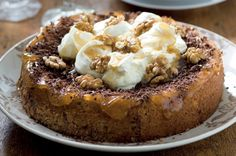 Ořechový koláč s mascarpone a medem