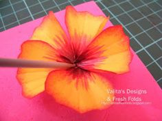 It's another cold wet winter day here in Oz but warm at heart with this paper hibiscus. Ive been so inspired by Joannes no tool flowers  and...