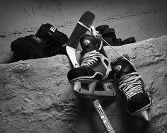 Up - A Hockey Still Life Hockey: Three years ago I didn't know anything about it, now hockey is my favorite sport to watch.Hockey: Three years ago I didn't know anything about it, now hockey is my favorite sport to watch. Blackhawks Hockey, Hockey Mom, Hockey Teams, Chicago Blackhawks, Hockey Players, Hockey Stuff, Hockey Girls, Flyers Hockey, Funny Hockey