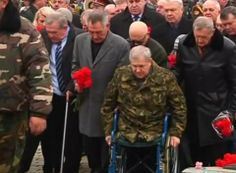 It's a somber day in Kiev.  Afghan War veterans protesting against President Viktor Yanukovich's government march to a ceremony.  They're attending a wreath laying that marks the 25th anniversary of... - #International #Afghanistan #Afganistán