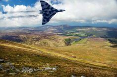 Avro Vulcan, buzzing Snaefell, Isle of Man. V Force, Avro Vulcan, Falklands War, Dream Machine, Man Ray, Royal Air Force, Isle Of Man, Royal Navy, Military Aircraft