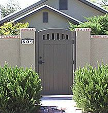 Rose City Entry Gate with Shortened Pickets Yard Privacy, Privacy Walls, Side Gates, Entry Gates, Ranch Exterior, House Paint Exterior, Brick Fence, Front Yard Fence, Modern Backyard
