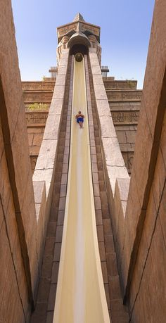 Aquaventure Water Park in Dubai- Fun but terrifying at the same time! http://exploretraveler.com/ http://exploretraveler.net so scary
