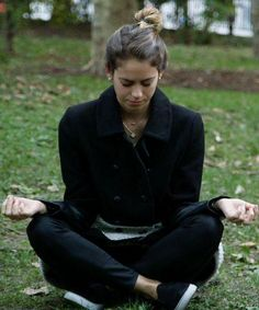 This 5-day meditatio  This 5-day meditation challenge is the perfect New Years resolution