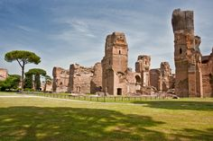 Caracalla Thermal Baths in Rome. The Antoninus aqueduct was used to carry water to the thermal bath. Thermal Baths, Regions Of Italy, Terraces, Rome Italy, Roman Empire, Far Away, Art And Architecture, Hearth, Florence
