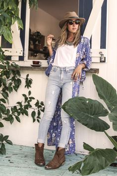 Boho fashion for the gypsy, wanderer, dreamer - the iconic label is a bohemian luxe collection of fashion, accessories and homewares dreamed up in Australia's Byron Bay. Hippie Chic, Bohemian Style, Boho Chic, Fashion Wear, Boho Fashion, Blue Kimono, Fashion Labels, Casual Wear, What To Wear
