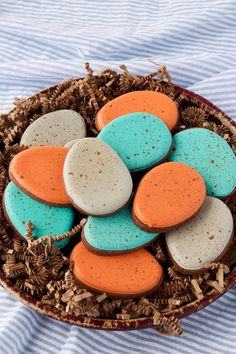 Speckled Egg Cookies- These Easy Speckled Egg Sugar Cookies are Decorated with R. - Speckled Egg Cookies- These Easy Speckled Egg Sugar Cookies are Decorated with Royal Icing and are - Super Cookies, No Egg Cookies, Fancy Cookies, Easter Cookies, Christmas Cookies, Owl Cookies, Snowflake Cookies, Fondant Cookies, Flower Cookies
