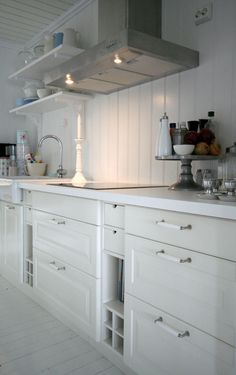 Bodil BO blog.  Kitchen Shelving and cabinets.