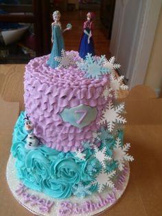 Frozen cake 3 Year Old Birthday Cake, Elsa Birthday Cake, Frozen Themed Birthday Party, Birthday Fun, Birthday Party Themes, Minnie Mouse Party, Mouse Parties, Pastel Frozen Betun, Mini Cakes